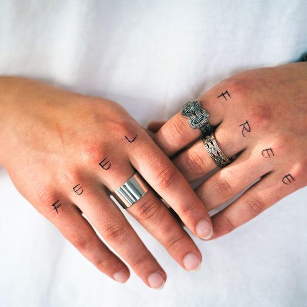 Klebetattoos Temporäre Fake Tattoos individuell eigenes Motiv konfigurieren